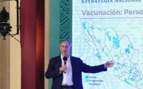 """López-Gatell critica a médicos privados que se amparan para vacunarse; """"se saltan la fila"""", afirma"""
