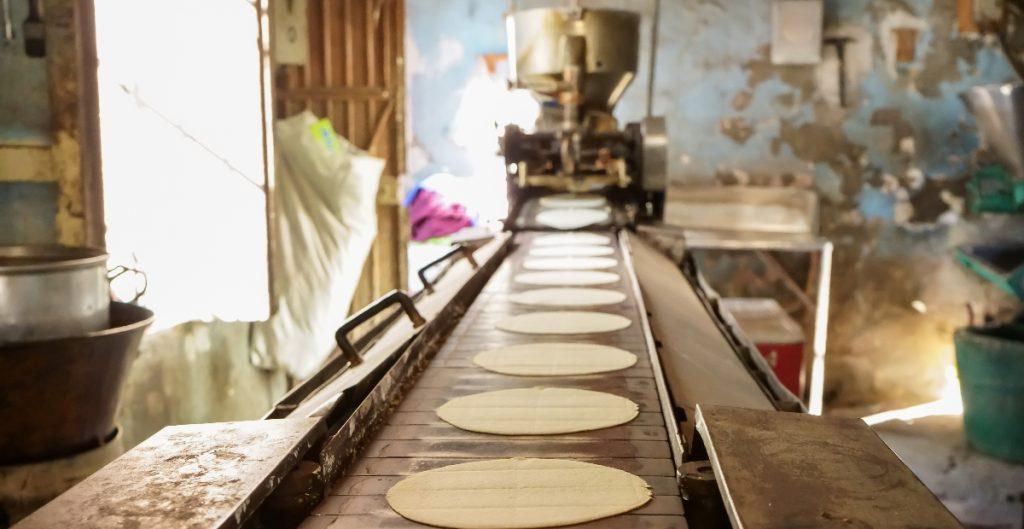 Kilo de tortilla se ha encarecido hasta 70% en lo que va del año, de acuerdo con Profeco