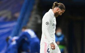 Ramos luce decepcionado tras la eliminación del Real Madrid ante Chelsea. (Foto: Reuters).