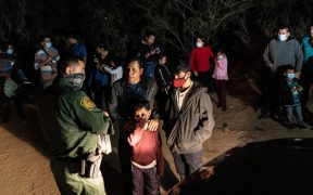EU implementa sistema para permitir ingreso de migrantes vulnerables en frontera con México