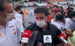 Samuel García niega acusación de ser el candidato de AMLO