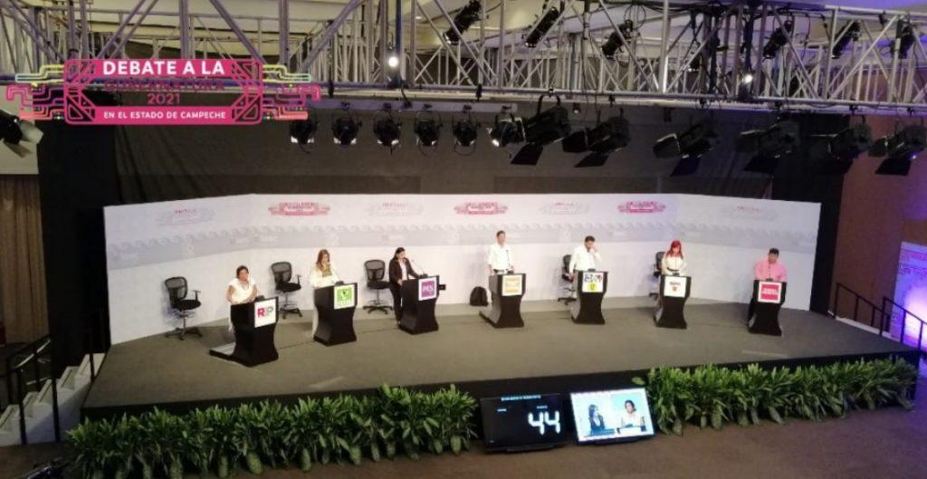 """Debaten candidatos en Campeche; """"parece competencia de quién es el menos malo"""", se acusan"""