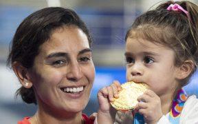 Paola Espinosa y su hija Ivana. (Foto: Mexsport).