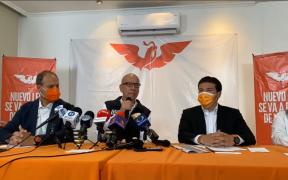 """MC exige a AMLO que """"saque las manos"""" de comicios en Nuevo León; descarta """"plan b"""" para sustituir candidato"""