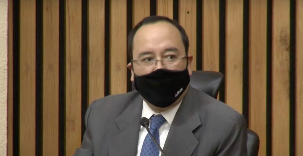 Entrega de tarjetas sin recursos no viola la ley, afirma Ciro Murayama