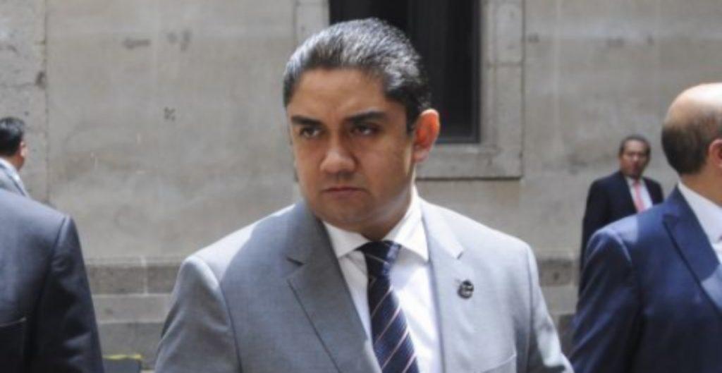 La FGJ detiene al ex funcionario del gobierno de la Ciudad de México, Édgar Tungüí, tras ser aprehendido en España