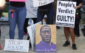 Juez pospone a 2022 juicio de expolicías acusados de la muerte de Floyd
