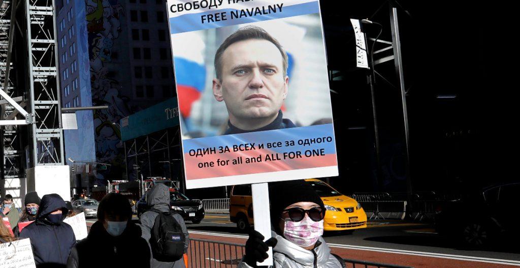 Encarcelan a líder religioso ruso por manifestarse a favor del líder opositor Alexei Navalny