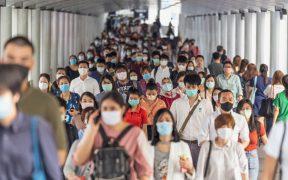 Dejar de usar cubrebocas no sólo depende del nivel de vacunación: OMS