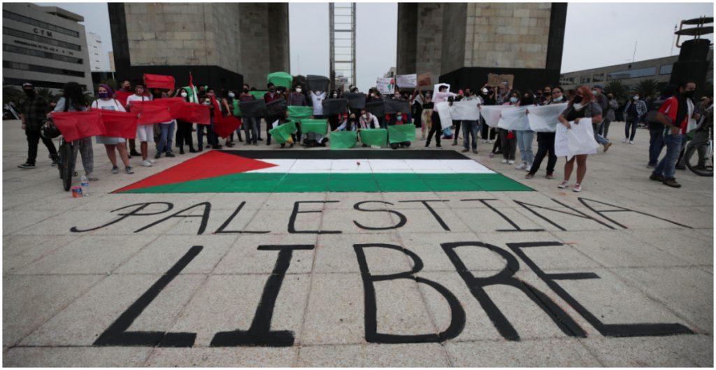 protestan-frente-monumento-revolucion-ataques-israel-palestina