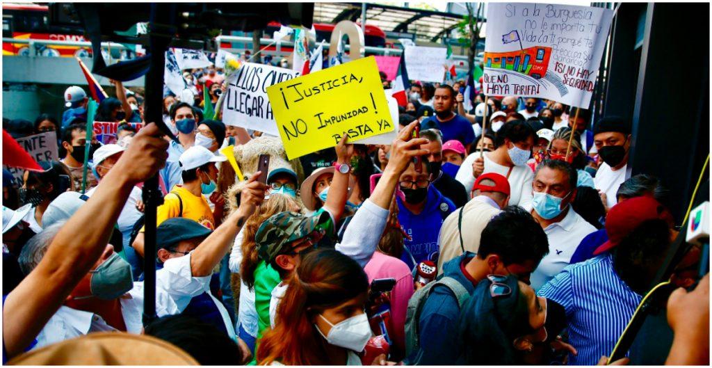 protestan-familiares-victimas-colapso-linea-12-metro