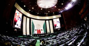 PRI en Cámara de Diputados propone homologar desafuero presidencial