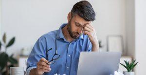 Las largas jornadas laborales son mortales, según estudio de la OMS