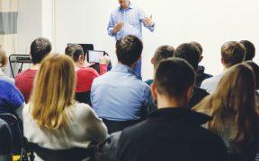 AMLO prevé el regreso a clases presenciales en junio en todo el país