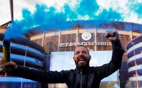 Los aficionados del Manchester City celebraron recientemente el título de la Premier. (Foto: Reuters).
