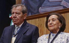Ifigenia y Muñoz Ledo piden a AMLO respetar división de poderes en decálogo