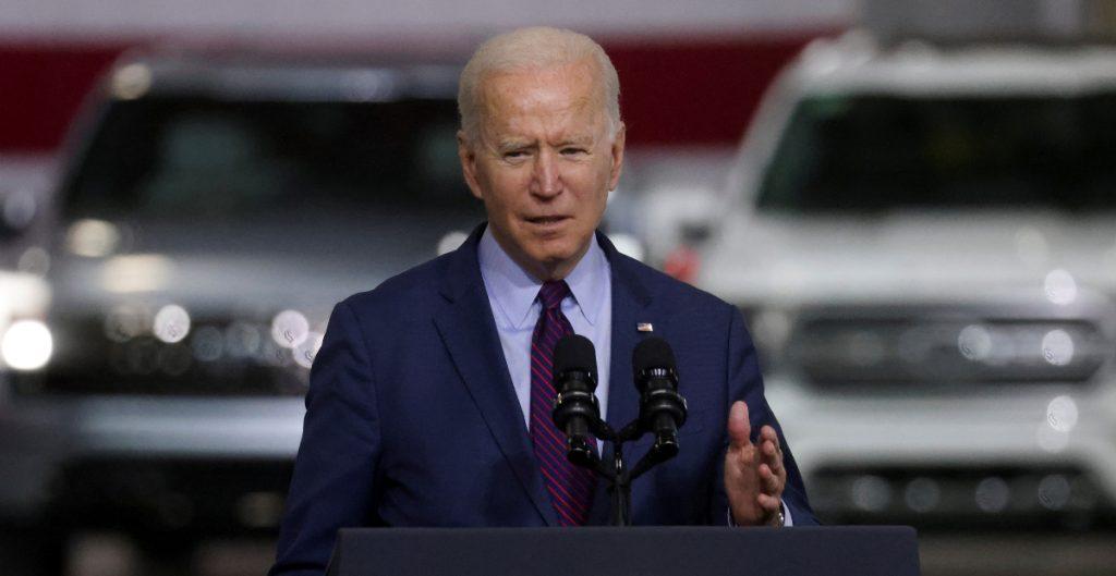 Biden conmemora el día de los caídos tras un año de restricciones por la Covid
