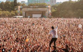 Lollapalooza regresará a Chicago con aforo completo y con Foo Fighters, Miley Cyrus, Marshmello y Limp Biskit en el cartel