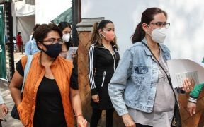 """La """"austeridad republicana"""" afecta la atención y seguridad de las mujeres en la pandemia: informe"""