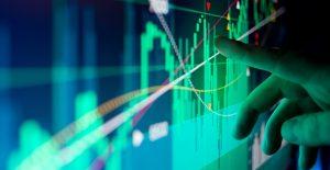 Wall Street, inmune a la variante Delta; va por sexto mes de ganancias
