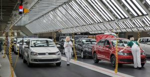 Exportación automotriz repuntó 37% en primeros cinco meses frente al mismo lapso de 2020