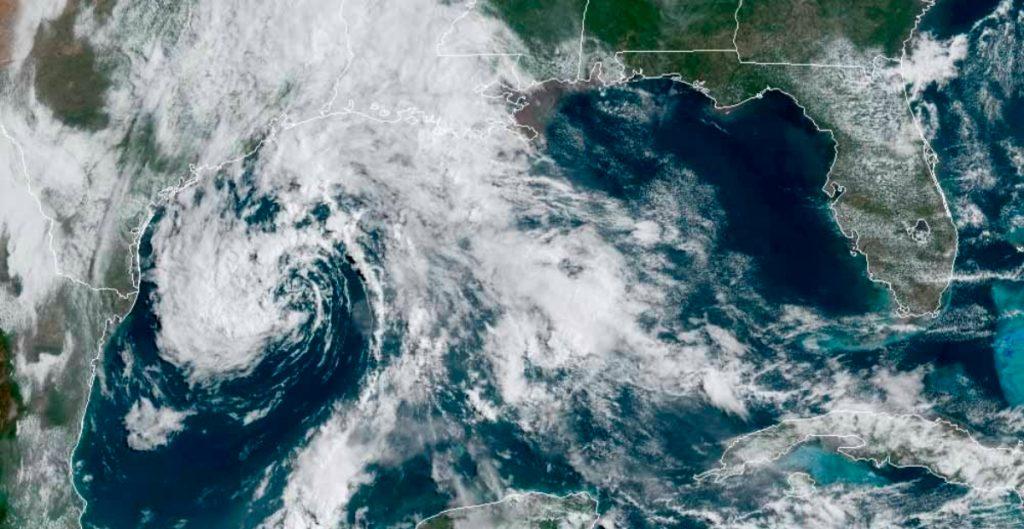 """""""Ana"""", primera tormenta del año en el Atlántico, se forma cerca de Bermudas"""