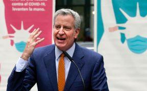 Bill de Blasio anuncia regreso a clases presenciales en la ciudad de Nueva York, en otoño próximo