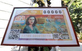 Por décimo aniversario luctuoso rinden homenaje a Leonora Carrington con billete de Lotería