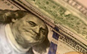 """Banxico anuncia otras 2 subastas con la línea """"swap"""" que tiene con la Fed por 800 mdd"""