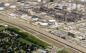 """Compra de refinería es un """"sinsentido"""" y parece que es para complacer los caprichos del presidente: senadores del PAN"""