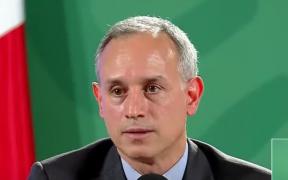 Falso, que vacuna de CanSino requiera una segunda dosis de refuerzo, dice López-Gatell