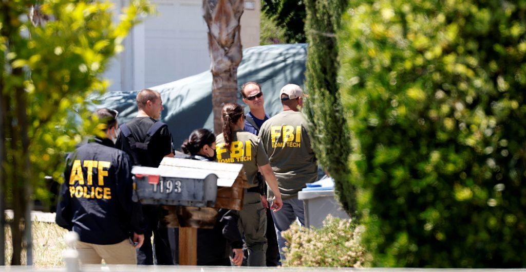 Identifican a las 8 víctimas del tiroteo en la vía férrea de California