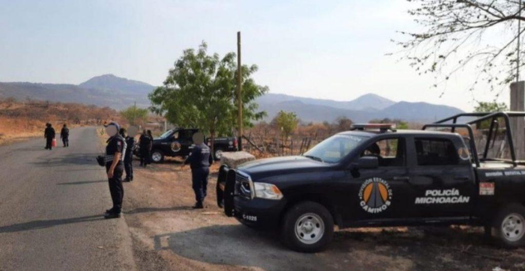 Reportan bloqueos en Aguililla y Parácuaro, Michoacán; en Apatzingán intentaron quemar un local