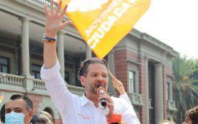 Balean camioneta de candidato de Movimiento Ciudadano a la alcaldía de Tlalnepantla