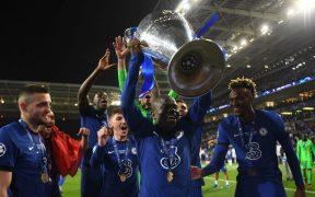 Kanté volvió a ser fundamental para el Chelsea y recibió su recompensa. (Foto: Reuters).