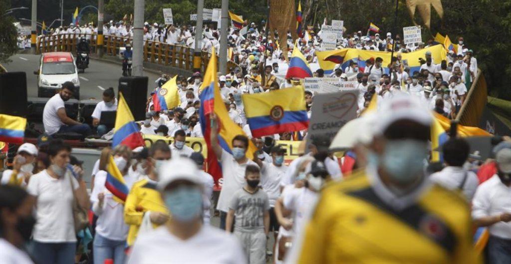 Líderes de protestas en Colombia anuncian suspensión temporal de movilizaciones