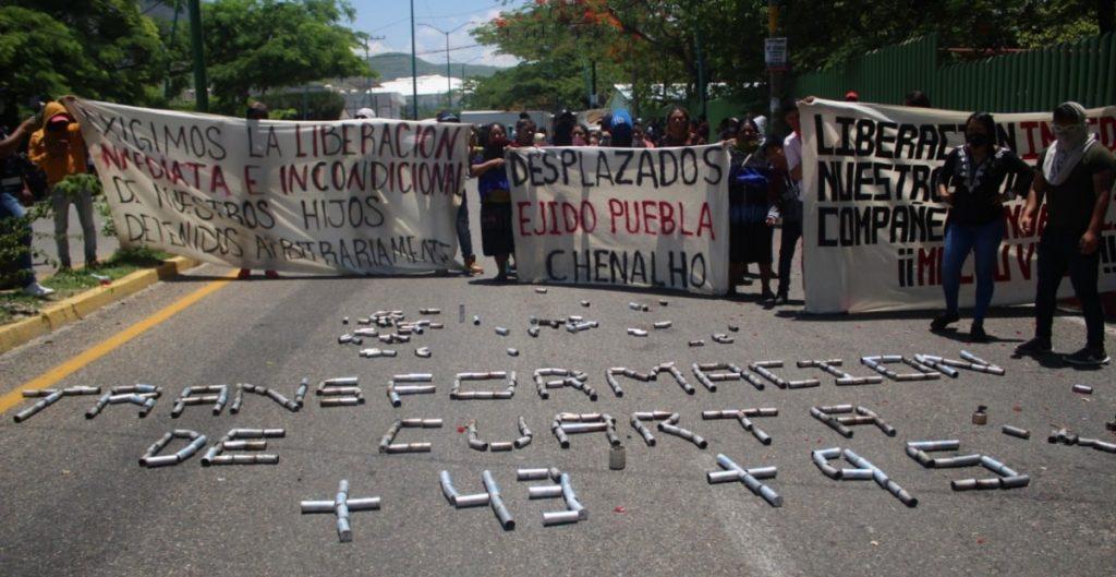 Normalistas de Chiapas denuncian brutalidad policial tras protestas