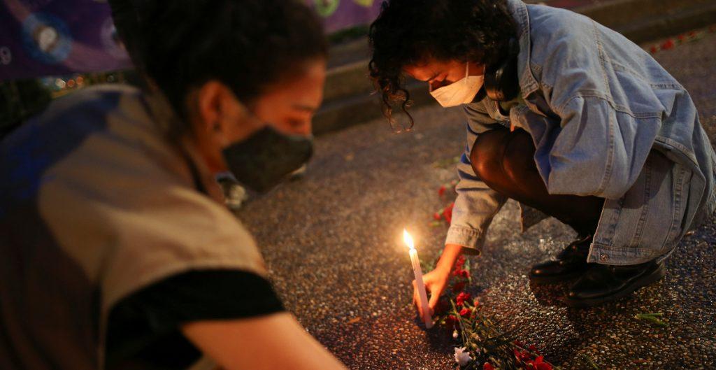 Ataque de grupo armado en Colombia deja nueve personas muertas