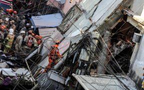 edificio-cuatro-pisos-desploma-río-janeiro-tres-personas-permanecen-bajo-escombros
