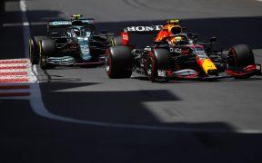 'Checo' dominó su pista favorita y tiene grandes posibilidades de subir al podio en el GP de Azerbaiyán. (Foto: Reuters).