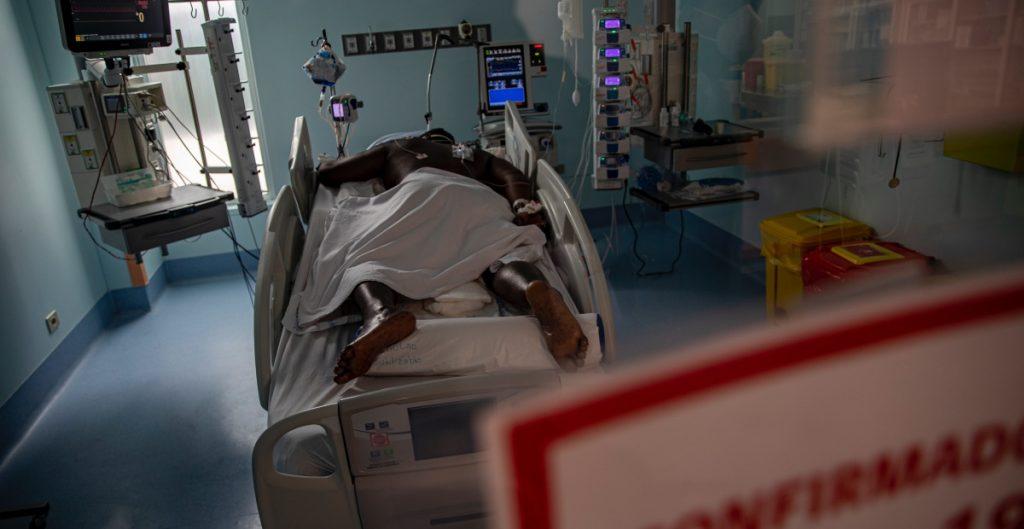 mayoria-pacientes-covid-19-en-chile-no-vacuno