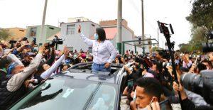 Fujimori con ventaja mínima sobre Castillo, según un sondeo de salida de Ipsos para el canal América Televisión