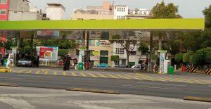 Precios promedio de las gasolinas registran récord, de acuerdo con Profeco
