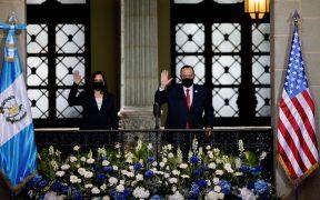 El presidente de Guatemala recibe a Kamala Harris en Palacio Nacional