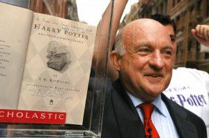 Richard Robinson, director editorial de Scholastic responsable de éxitos como 'Harry Potter' y 'Juegos del hambre', murió a los 84 años