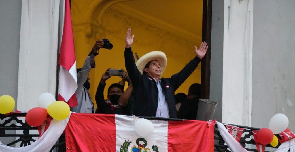 pedro-castillo-encabeza-elecciones-presidenciales-peru