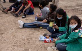 EU considera demandar a Texas por plan de desalojo de niños migrantes