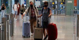 Legisladores de la UE dan luz verde a nuevo certificado de viajes