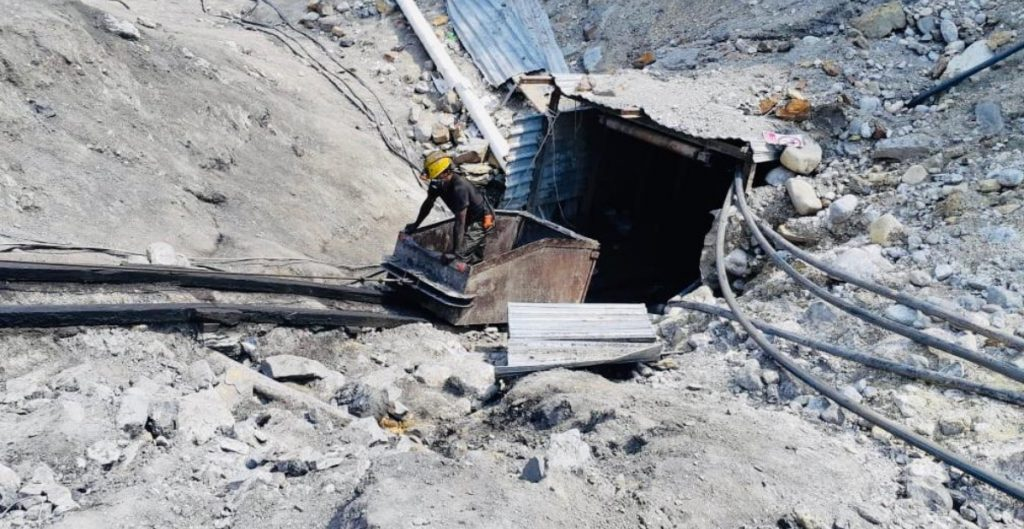 localizan-cuerpo-tres-mineros-permanecian-atrapados-mina-muzquiz-tras-colapso