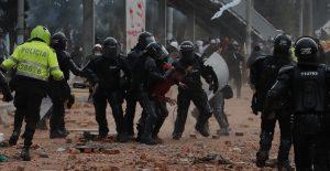 Abusos policiales en Colombia obedecen a fallas estructurales, no a hechos aislados, asegura HRW